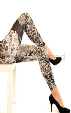 Lace patterned Leggings